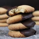 black-and-white-almond-cookies-thumbnail