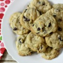 Cranberry-Macadamia-Nut-Cookies-a