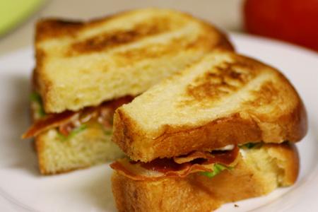 Gourmet BLTs With Green Garlic Aioli