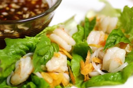 Spicy Vietnamese Shrimp Lettuce Rolls