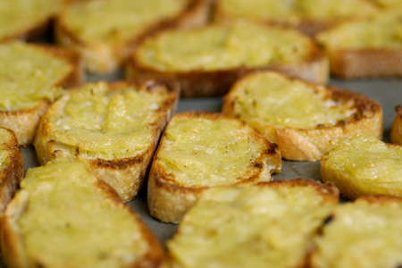 Roasted Garlic Bruschetta