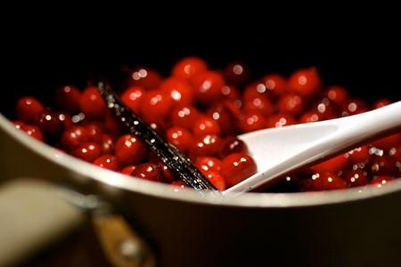 Vanilla Bean Cranberry Sauce