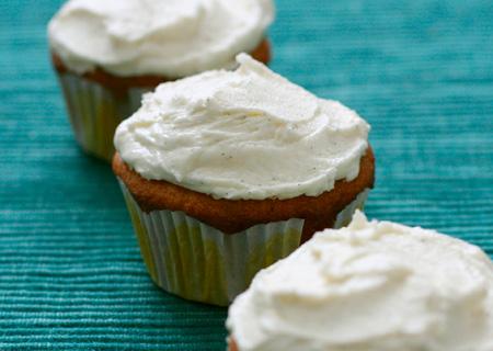 Vegan White Chocolate Macadamia Nut Cupcakes