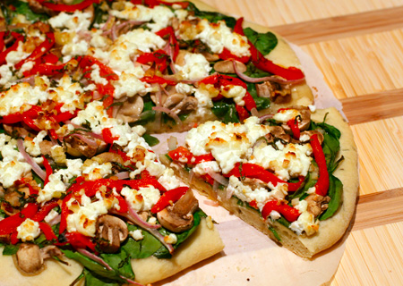 Bell Pepper, Red Onion, and Goat Cheese Pizza | Love and Olive Oil