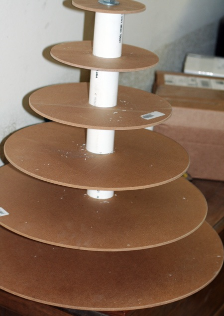 how to make a wedding cake stand out of styrofoam 8 hours 300 cupcakes endless memories and olive 15898