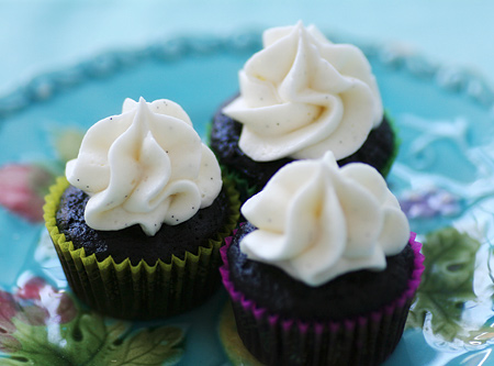 Vegan Chocolate Cupcakes with Vanilla Bean Buttercream
