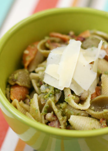 Shell Pasta with Garlic Scapes, Bacon, and Black Eyed Peas