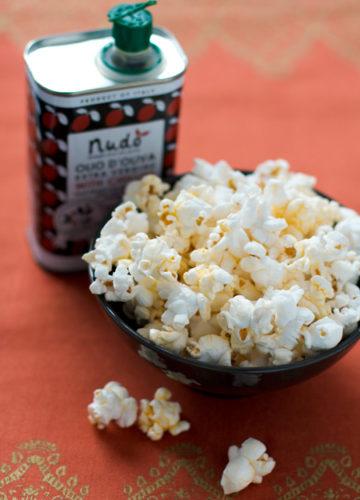 Spicy Olive Oil Popcorn