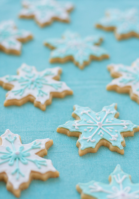 Snowflake Vanilla Almond Sugar Cookie Recipe