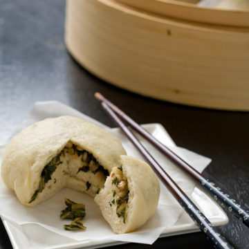 Asian Steamed Buns with Kale and Bok Choy