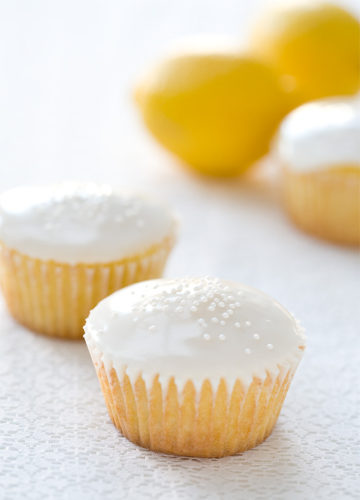 Lemon Buttermilk Cupcakes