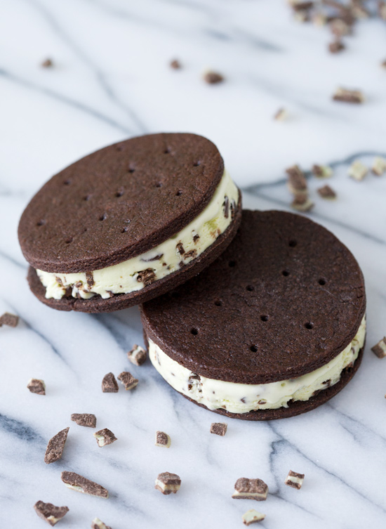 Creme de Menthe Ice Cream Sandwiches | Love and Olive Oil
