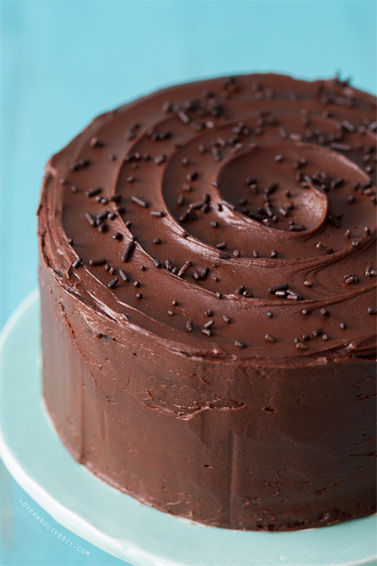 Lemon layer cake with chocolate fudge frosting love and for Simple chocolate fudge cake