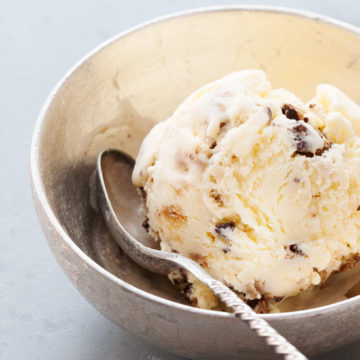 Chocolate Chip Cookies & Cream Ice Cream