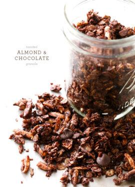 Toasted Almond & Chocolate Granola