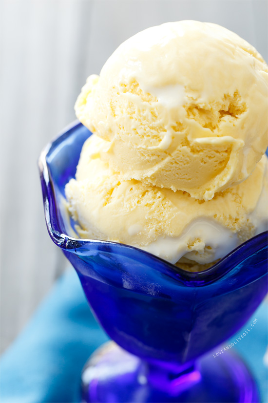 Toasted Marshmallow Swirl Ice Cream from @loveandoliveoil