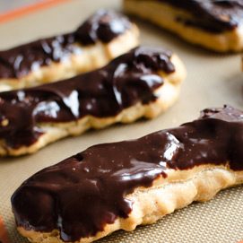 April Kitchen Challenge, Eclairs: Beth