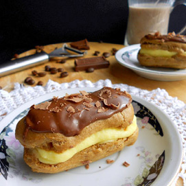 April Kitchen Challenge, Eclairs: Meriem