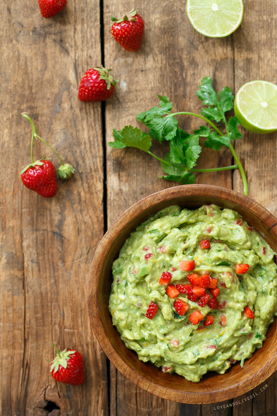 Fresh Strawberry & Lime Guacamole from @loveandoliveoil