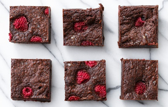 Raspberry Sea Salt Brownies from @loveandoliveoil