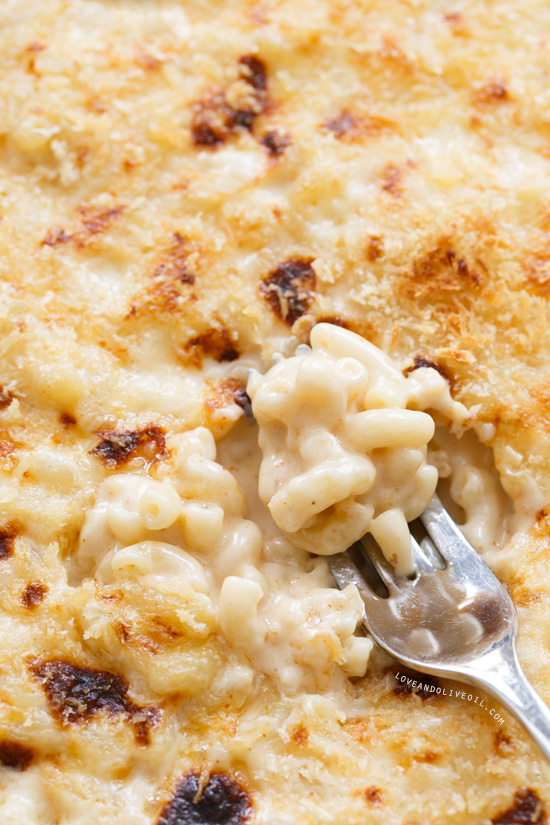 Five Cheese Skillet Mac and Cheese from www.loveandoliveoil.com