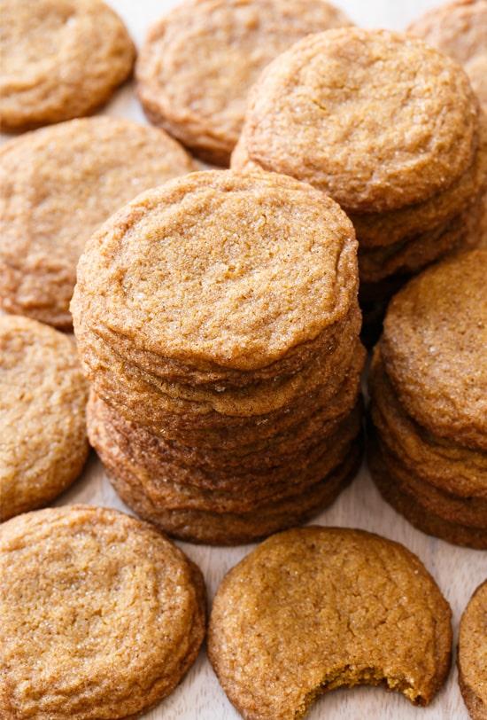 Molasses Snickerdoodles Cookies with Cinnamon Sugar