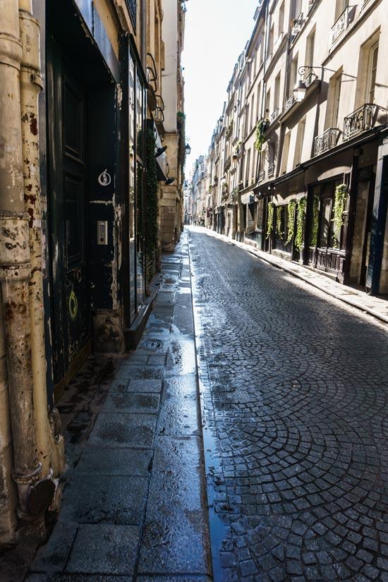Rue Saint Sauveur