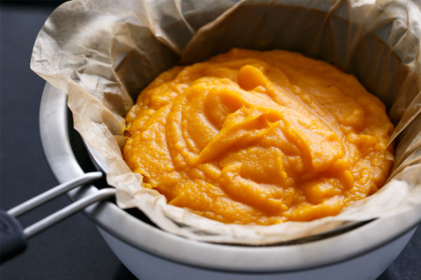Making and Freezing Homemade Squash Puree