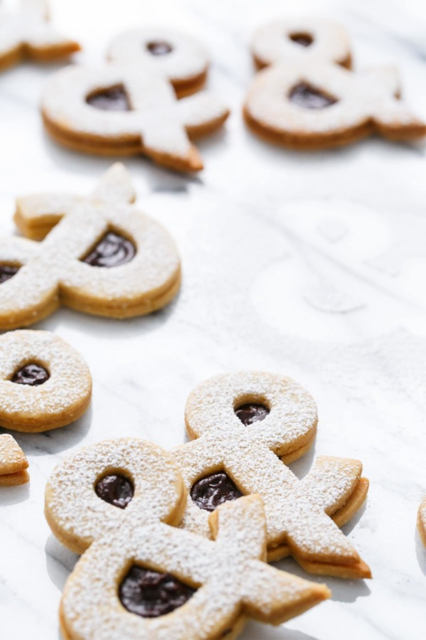 Ampersandwich Cookies (Peanut Linzer Cookies with Strawberry Chocolate Ganache)