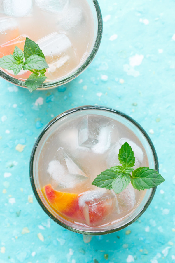 Summer Cocktail Recipe: Peach & Bourbon Lemonade Punch