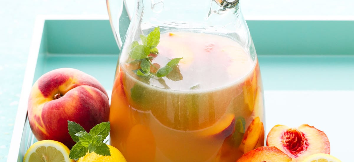 Bourbon Peach Lemonade Punch