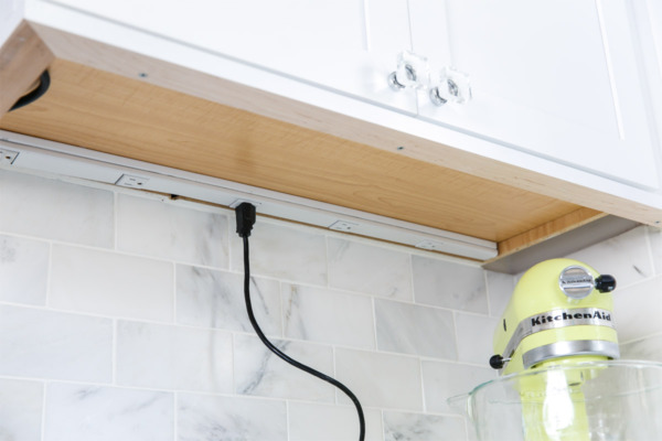 Townhouse Kitchen Remodel: Hidden outlets under cabinets