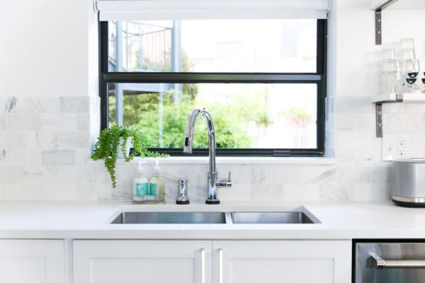 Townhouse Kitchen Remodel: Delta Touch sensor faucet