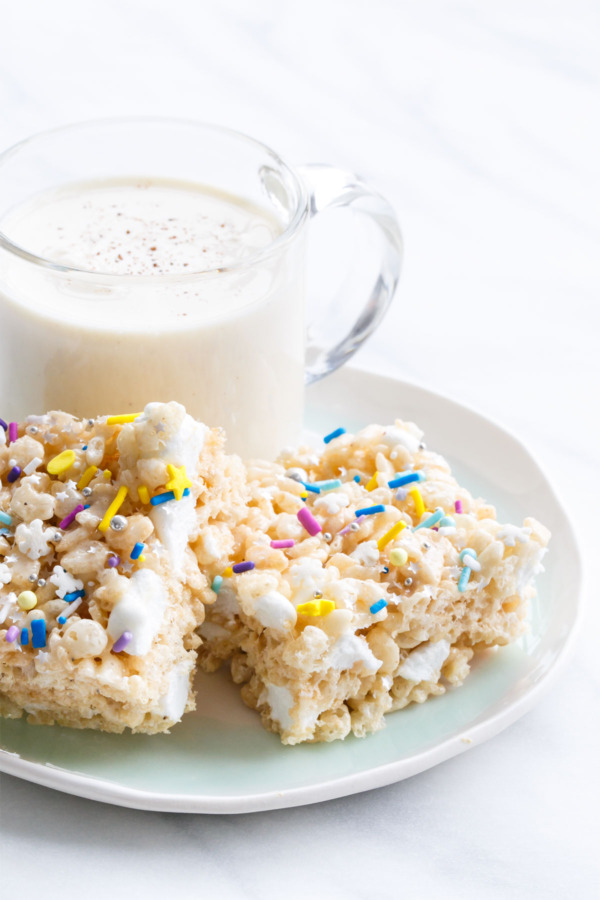 Spiced Eggnog Rice Krispie Treats