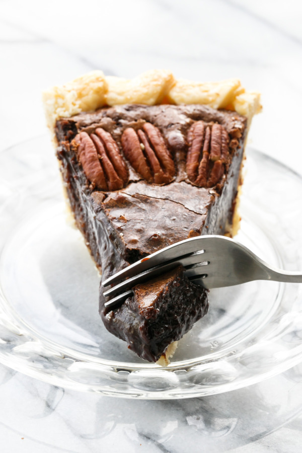 Gooey Chocolate Fudge Pecan Pie