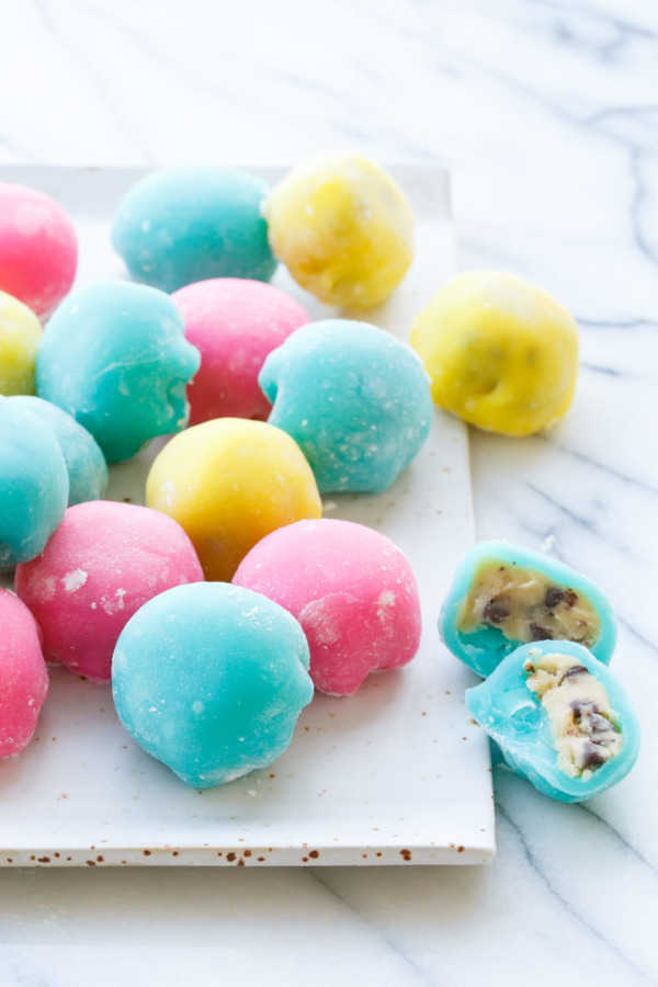 Recipe for Homemade Microwave Mochi (stuffed with cookie dough!)