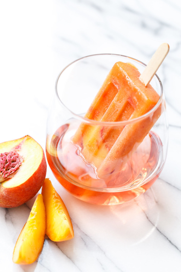 Poptails: 'cocktail popsicle' recipe made with fresh peaches and rosé