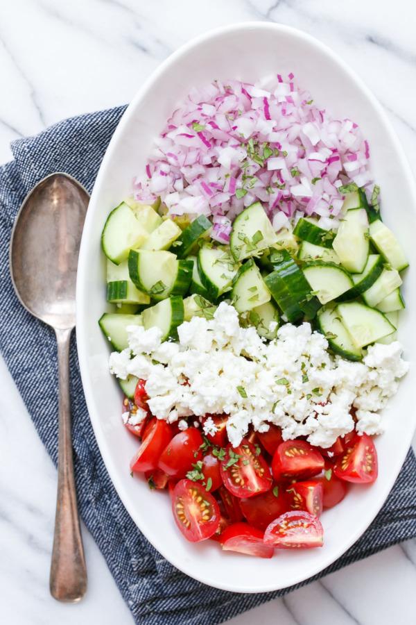 Easy Tomato & Cucumber Salad Recipe