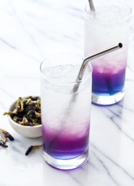 Butterfly Pea Lemonade aka Unicorn Lemonade: Magically (and nautrally!) changes color!