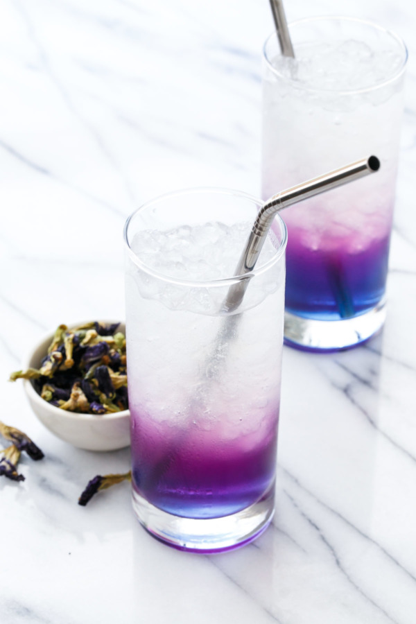 Butterfly Pea Lemonade aka Unicorn Lemonade: Magically (and naturally!) changes color!