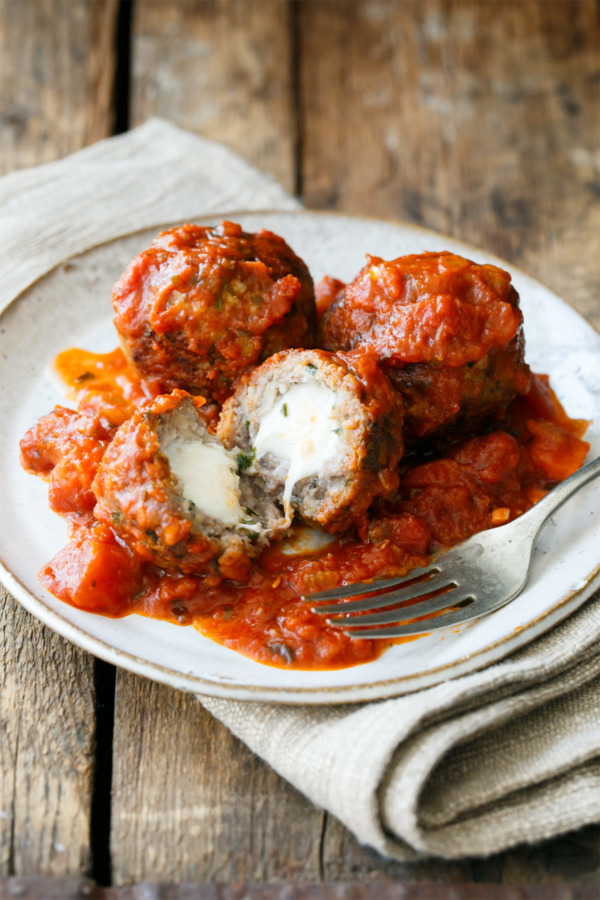 Spicy Mozzarella-Stuffed Meatballs