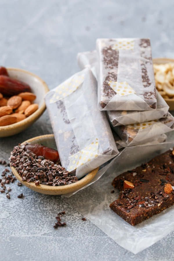 Homemade Chocolate Sea Salt RX Bars Recipe