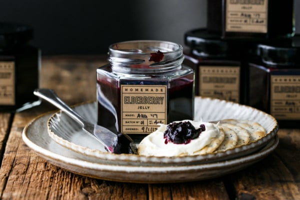 Elderberry Jelly (plus Free Printable Jar Labels!)