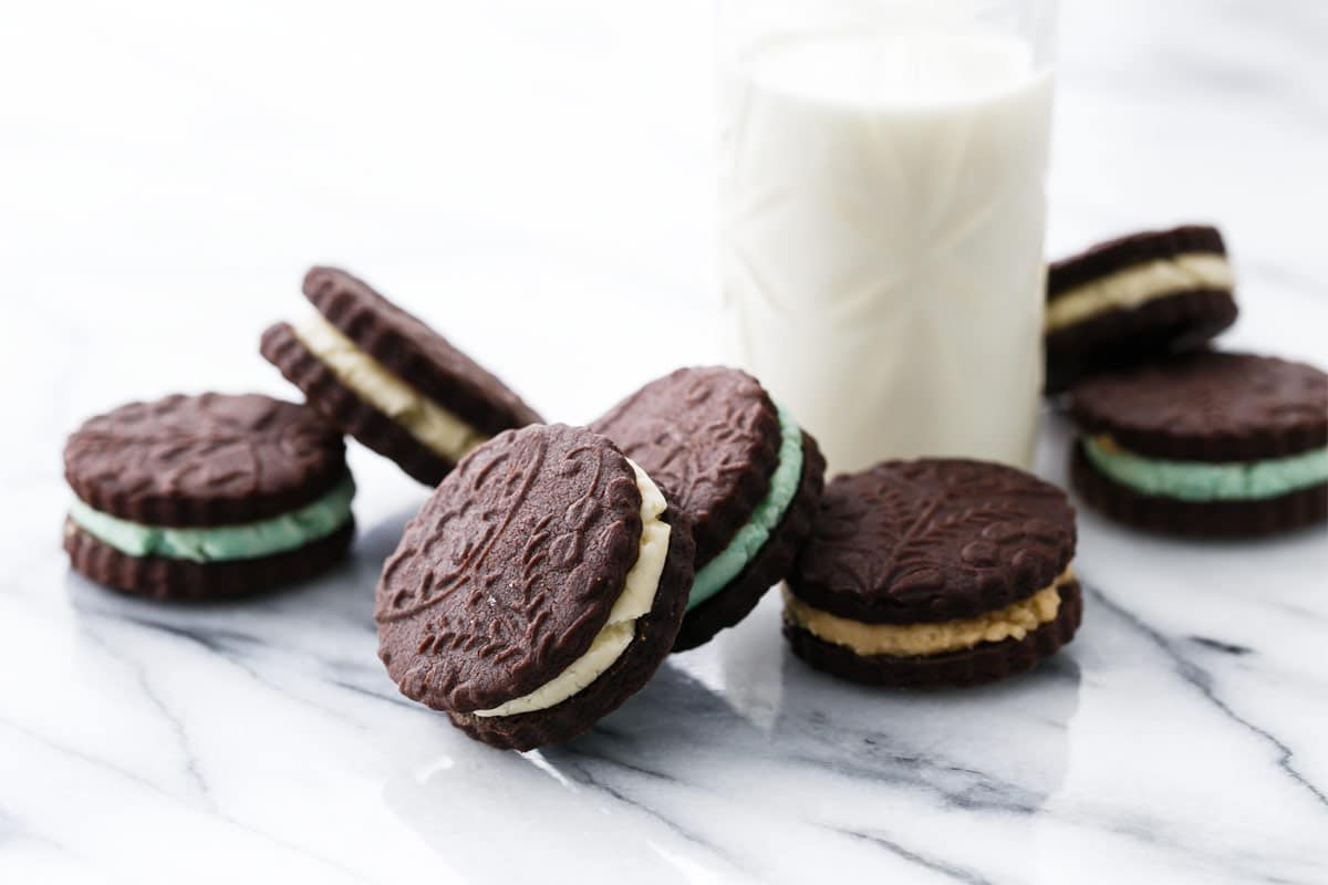 Homemade Oreo Sandwich Cookies: 3 Ways