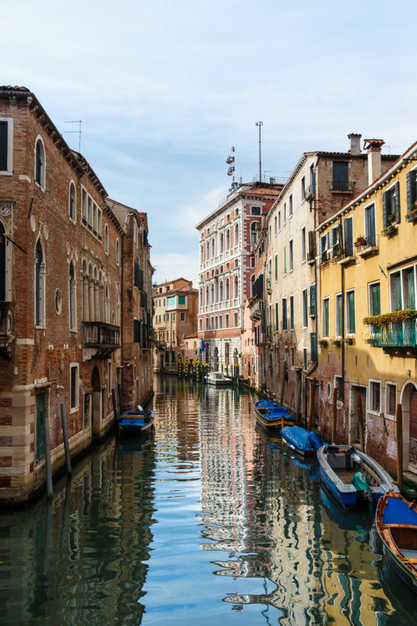 36 Hours in Venice, Italy: picturesque canals and colorful buildings