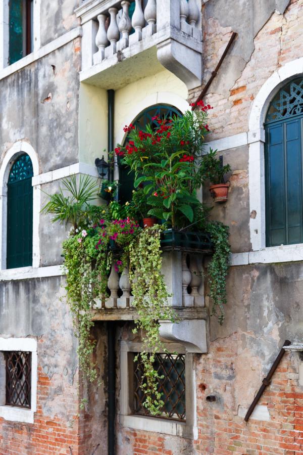 #BalconyGoals, Venice edition.