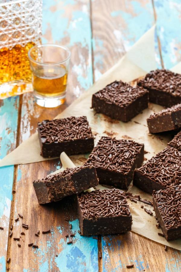 Chocolate Bourbon Delight Bars Recipe