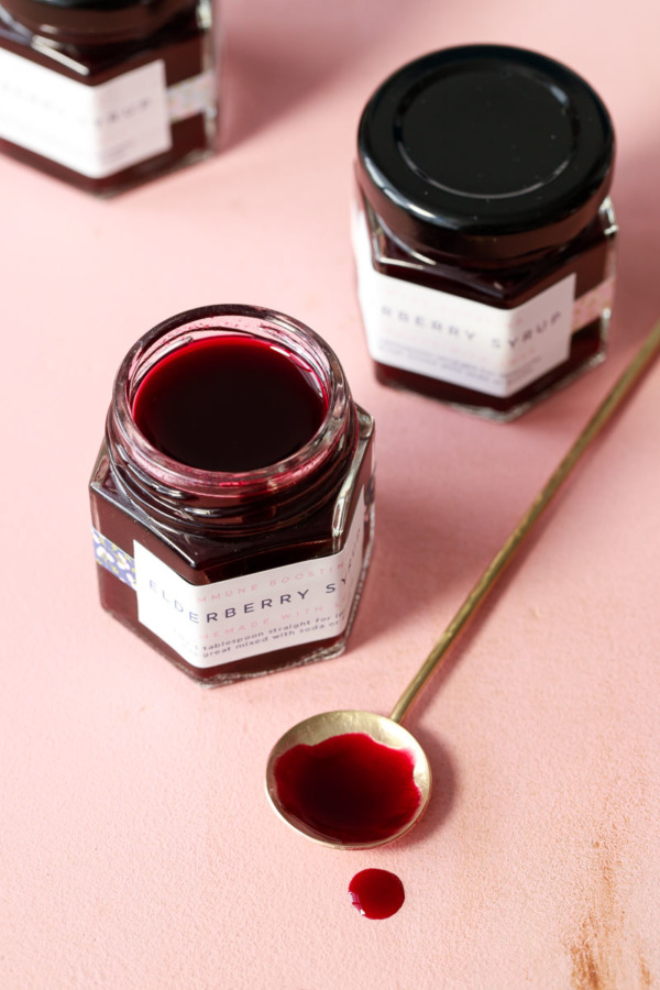 Homemade Honey-Sweetened Elderberry Syrup Recipe