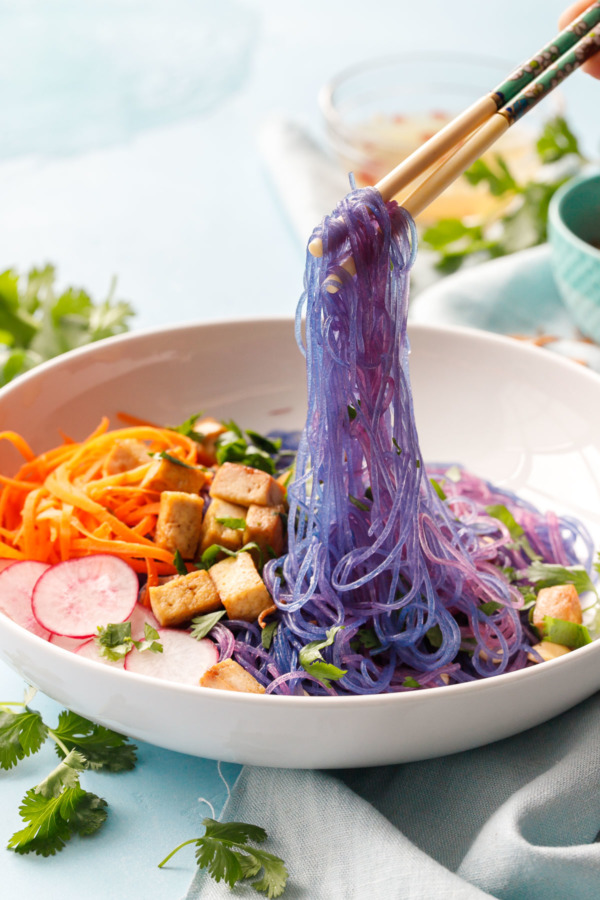 Play with your food: Magic color-changing Cellophane Noodle Bowls with Tofu