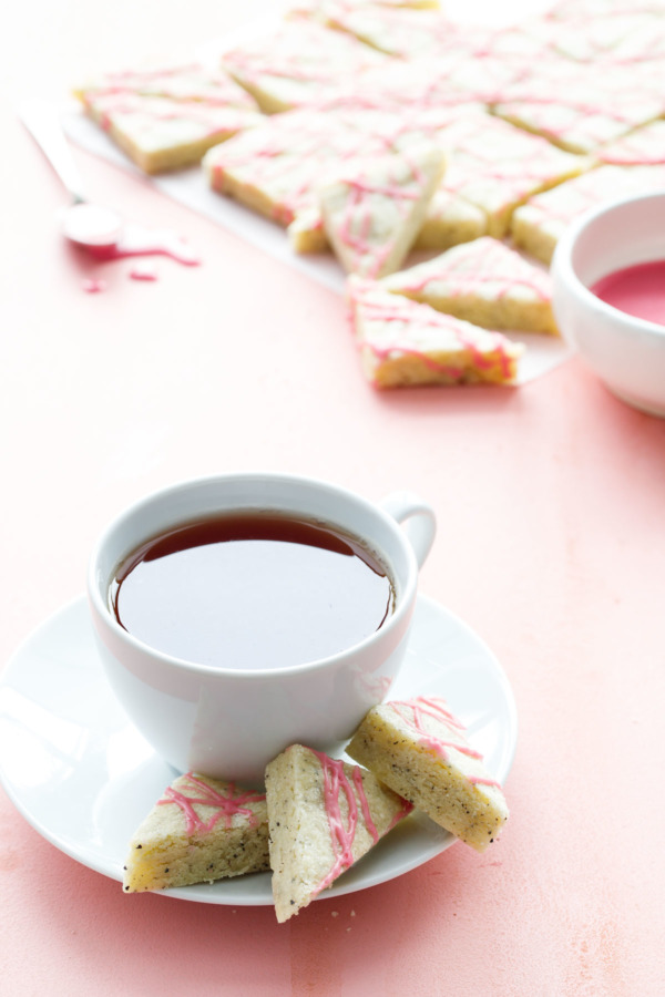 Earl Grey Shortbread Cookies with Blood Orange Glaze, the perfect cookie recipe for tea time!